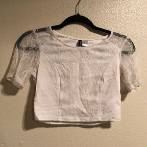 Women's lace crop top